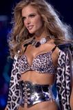 th_19660_Victoria_Secret_Celebrity_City_2007_FS_2143_123_1110lo.jpg