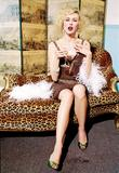 Naomi Watts attends the Costume Institute Gala celebrating Chanel at The Metropolitan Museum of Art (May 2, 2005) Foto 508 (Наоми Вотс приняла участие в гала Института костюма Шанель отмечать на сцене Метрополитен-музее изобразительных искусств (2 мая 2005) Фото 508)