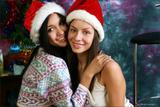 Vika - Kamilla - Merry Christmas10oe3bbaot.jpg