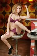http://img40.imagevenue.com/loc476/th_377470398_Eshte_Liza_K_0027_123_476lo.jpg