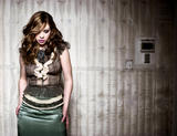Michelle Trachtenberg shows cleavage in photoshoot for Flaunt magazine - UHQ pictures -